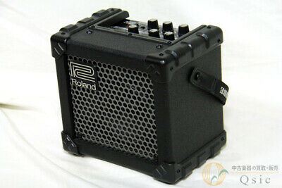 Beauty Roland MICRO CUBE A compact amplifier that can also be driven by batter