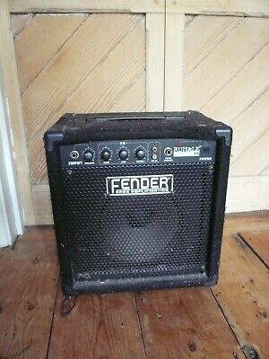Fender Rumble 15 Base Amplifier • 45£