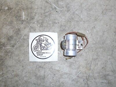 1970 - 1976 Yamaha Hs1, R5, Xs1, Ds7 Flasher Relay Oem 278-83350 70  • 43.99£
