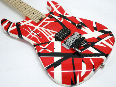 EVH: Electric Guitar Striped Series Red With Black Stripes • 1,326.78£
