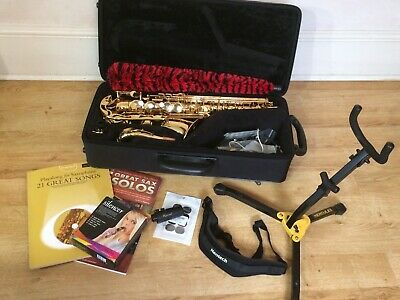 Yamaha YAS-280 Alto Sax In Mint Condition With Carry Case And Accessories • 875£