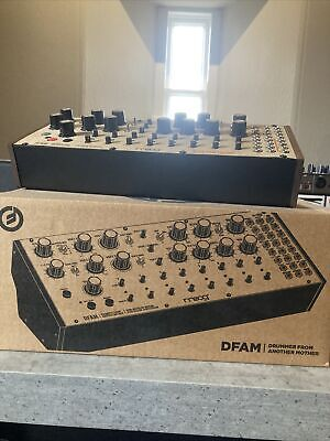 Moog Drummer From Another Mother (DFAM) • 480£