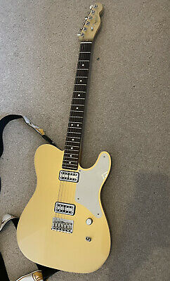 Fender USA Limited Edition Cabronita Telecaster in Aztec Gold