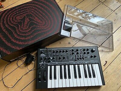 Novation AFX Station (BassStation2) Special Edition Monophonic Analog Synth