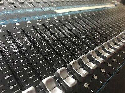 Allen & Heath QU-24C (Chrome Edition) Mixer - Used Two Times • 1,610.06£