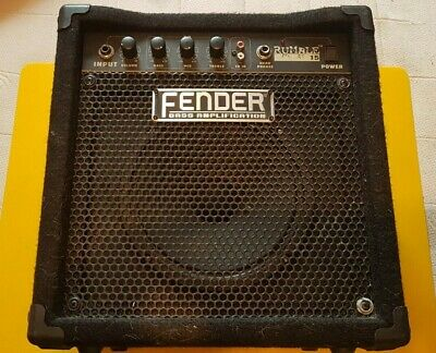 FENDER RUMBLE 15 BASS AMPLIFICATION 230v • 45£