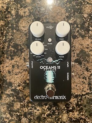 Electro Harmonix Oceans 11 Reverb Pedal (+ Power Supply) • 93.33£