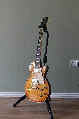2012 Gibson Les Paul Traditional Honeyburst Electric Guitar