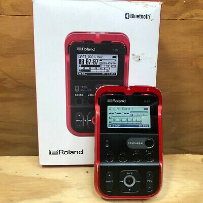 *READ* Roland R-07 High-Resolution Audio Recorder - Red • 84.18£