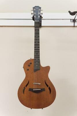 Taylor T5z Classic Acoustic Electric Guitar - Mahogany • 1,144.21£
