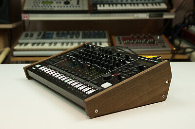 New! Roland Tr-8S MC-707 Wood Stand Wooden Sidepanel Desktop Stand Rack Do • 48.39£