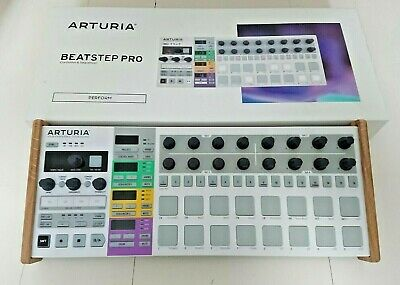 Arturia Beatstep Pro Sequencer With Wooden Stand & Original Box, Cables • 199£