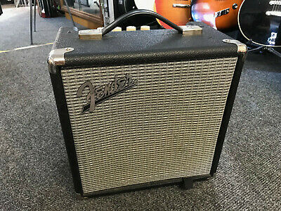 Fender Rumble 15 V3 Bass Guitar Amp • 59.99£