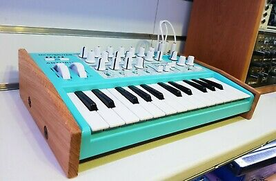 Arturia Microbrute Solid Oak End Cheeks Stand From Synths And Wood • 42£