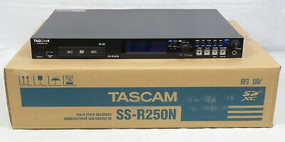 Tascam Recorder SS-R250N Solid State W/Remote Control & 2 Memory Cards Working • 548.58£