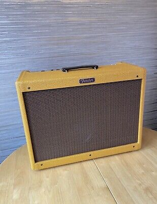 Fender Blues Deluxe Tweed 40W Amplifier with Foot pedal / Cover - Mint Condition