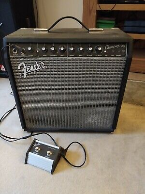 Fender Champion 40 Electric Guitar Amplifier With Channel Select Pedal • 36£