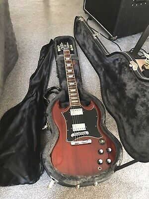 Gibson sg Standard 2004 R/h With All Docs And Hard Case