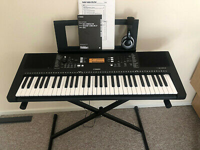 Yamaha PSR-E363 Keyboard, Stand, Stool, In Excellent, Little Used Condition • 120£