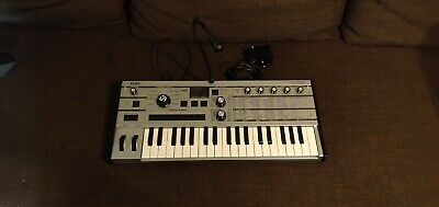 Korg Microkorg 15th Anniversary Silver Edition Synthesizer • 175£
