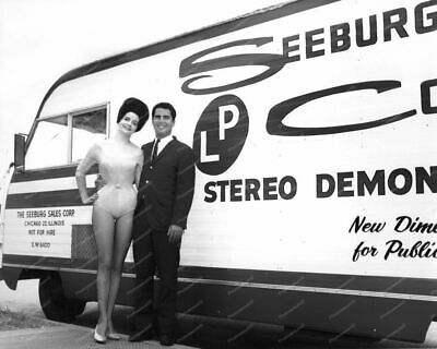 Seeburg Jukebox Stero Demonstration Bus 8x10 Photography Reprint • 14.27£