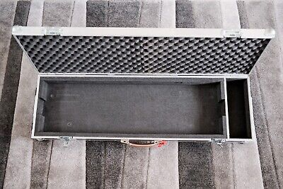 Keyboard Flightcase - Custom Made By Swan Flight To Fit Roland FA-06 + Cables • 75£