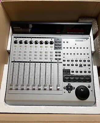 Mackie Control Universal pro 8 track DAW mixer good condition fully working