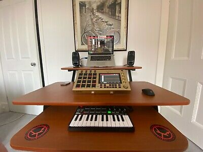 Akai MPC Live. Rare Gold Edition. With Included And Installed 40gb Hitachi HDD  • 650£