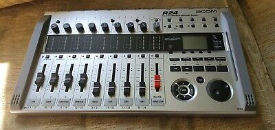Zoom R24 Recorder, Interface & Controller In Barnsley. Great Condition! • 179£