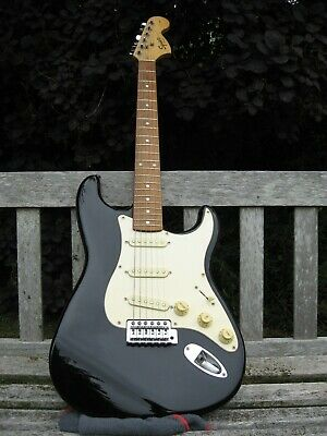 Squier Fender Stratocaster Affinity Series