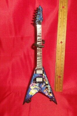 Megadeth Dave Mustaine Rust In Peace Dean - 1/4 Scale Mini Guitar • 22.28£