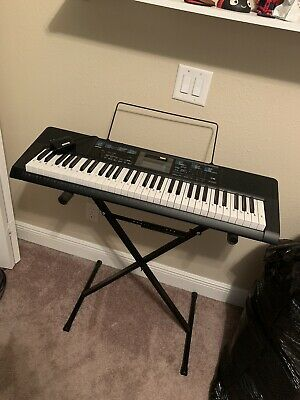 Casio Lighted Keyboard With Stand (Black) • 69.33£