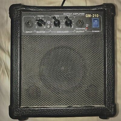 Guitar Amplifier • 26£