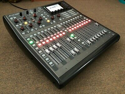 Behringer X32 Producer W/ Gator Case- Used • 725£